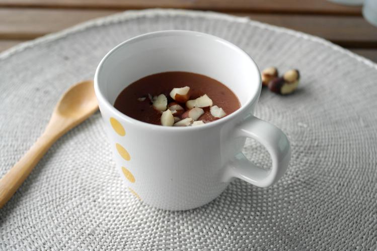 Cioccolata calda con noci brasiliane